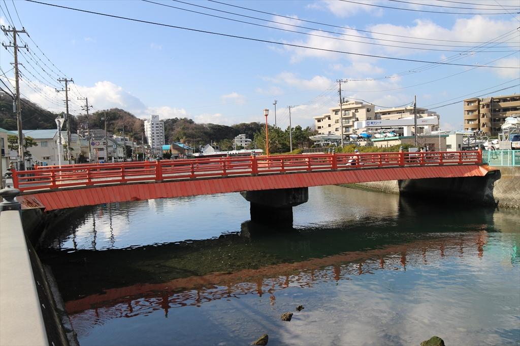 富士見橋と渚マリーナ_1