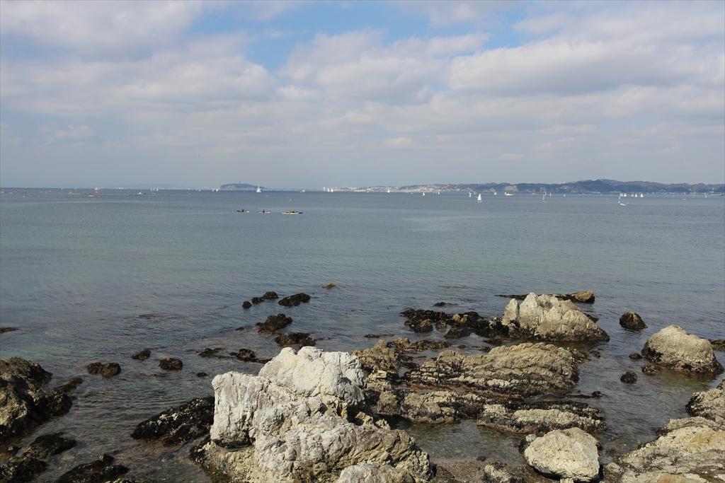 海に向かって右側の眺め_2