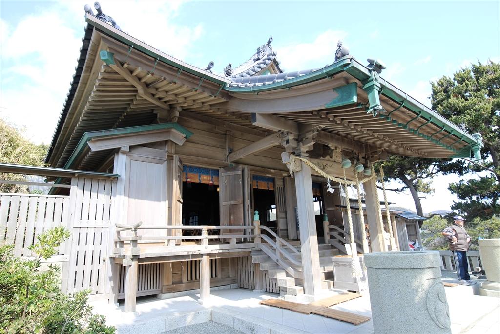 森戸神社の拝殿_3