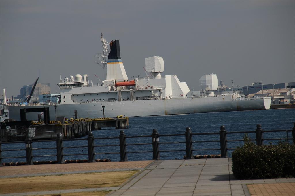米海軍のミサイル追跡艦_2