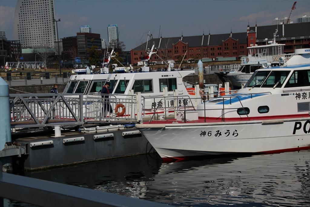 警察の船_11