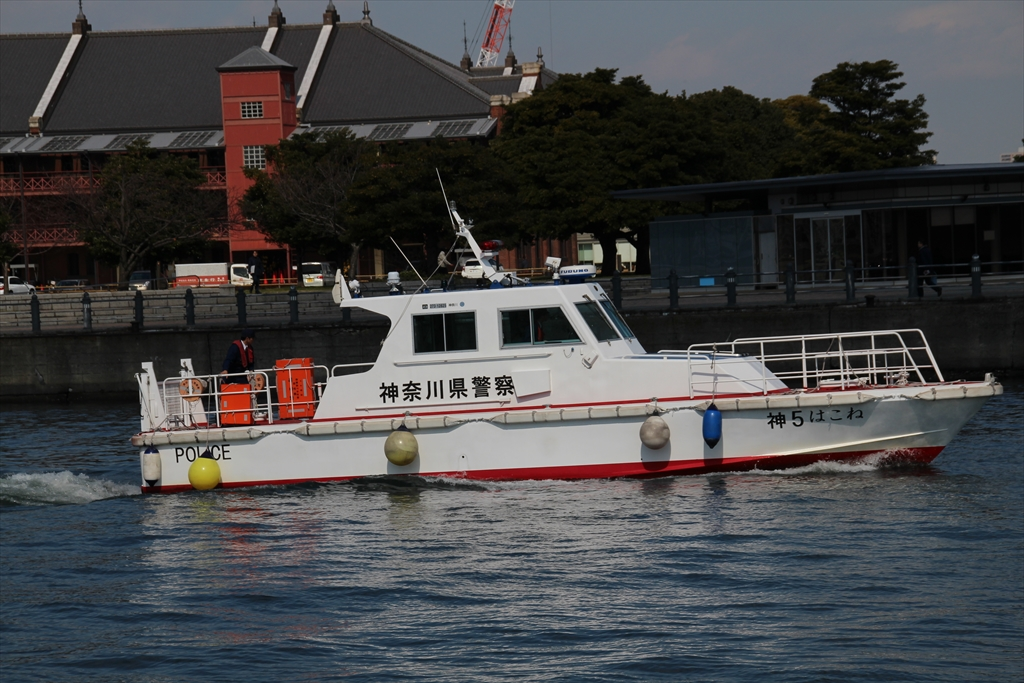 警察の船_5