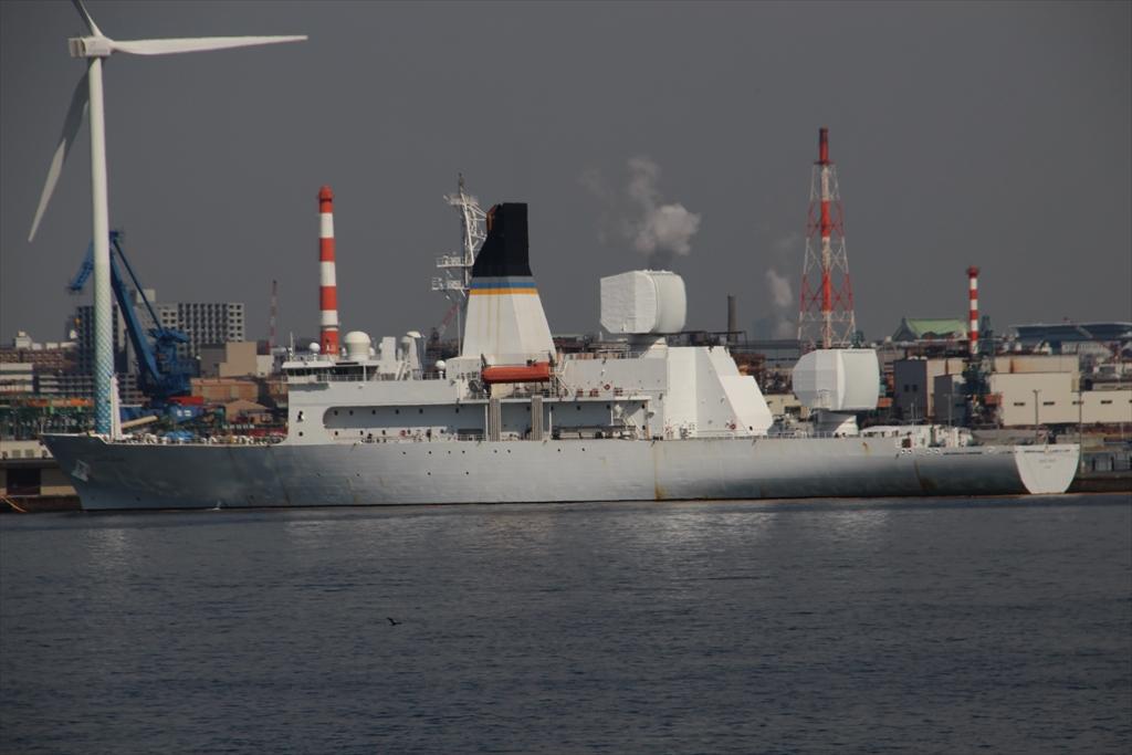 米海軍のミサイル追跡艦_1