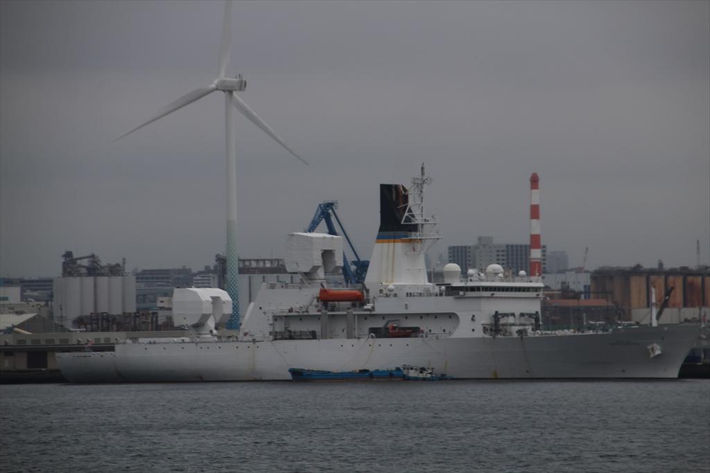 米海軍のミサイル追跡艦_3