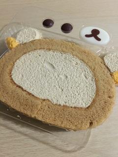 ローソン ウチカフェスイーツ プレミアム 自分でつくるリラックマロールケーキ(プリンクリーム)2