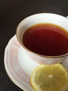 日和田カフェ 北極光 紅茶