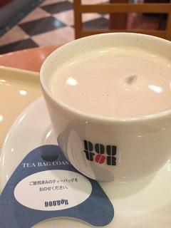 ドトールコーヒーショップ ホットロイヤルマサラチャイ M