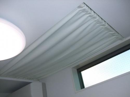 天窓用のカーテン