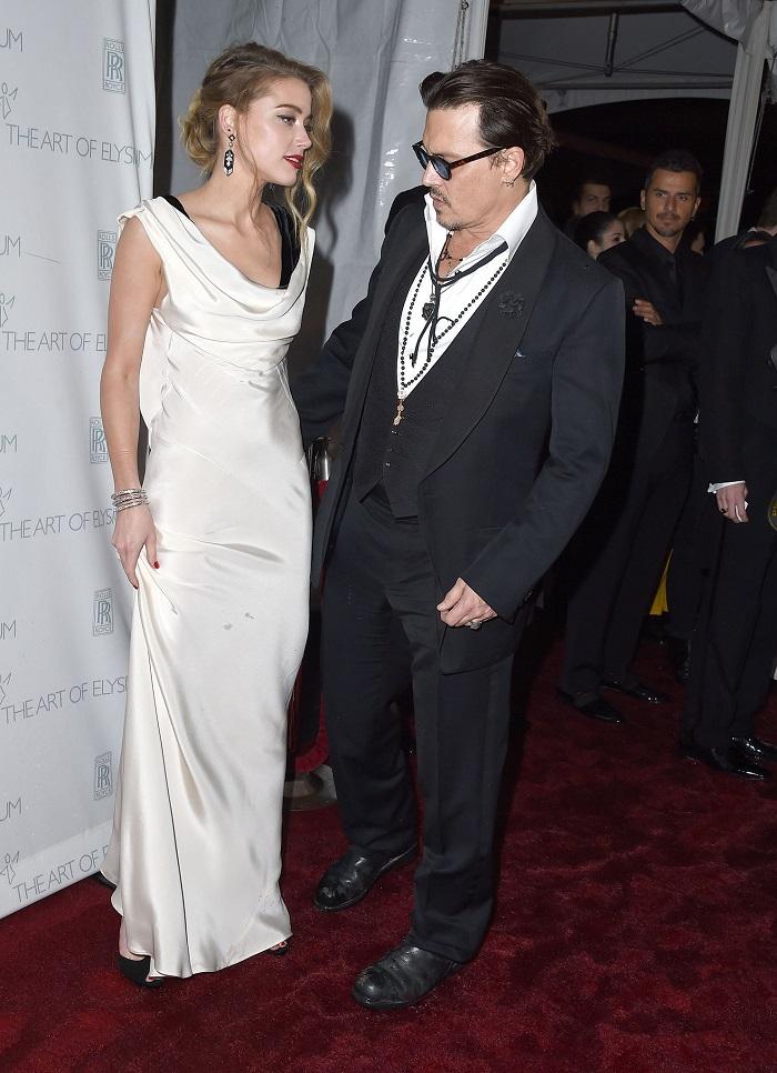 Johnny-Depp-Amber-Heard-Art-Elysium-Gala-20153.jpg