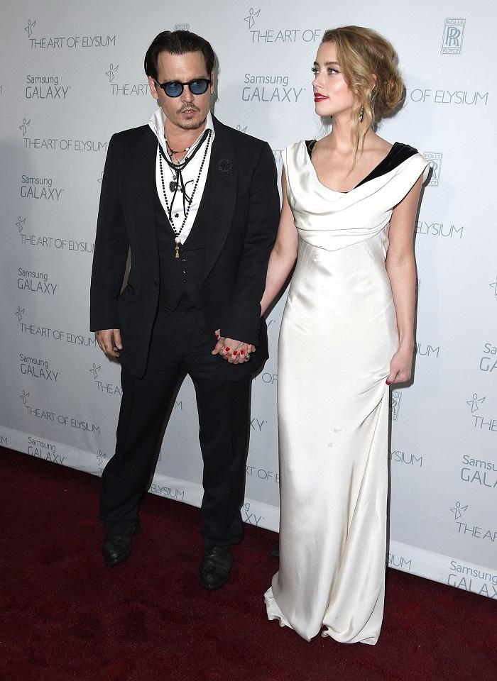 Johnny-Depp-Amber-Heard-Art-Elysium-Gala-2015a.jpg