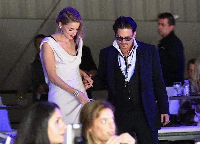 Johnny-Depp-Amber-Heard-Art-Elysium-Gala-2015l.jpg