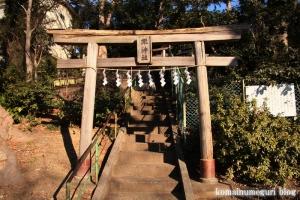 滝神社(府中市清水が丘)1