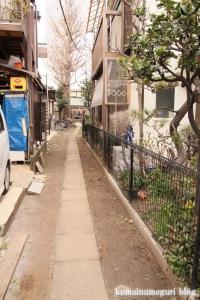 稲荷神社(世田谷区喜多見)3