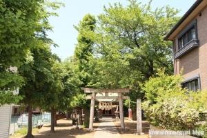稲荷神社(越谷市瓦曽根)1