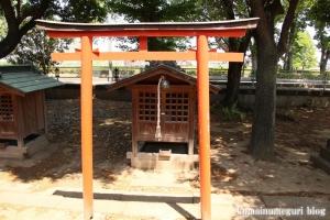 稲荷神社(越谷市瓦曽根)9
