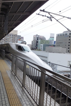 新幹線で名古屋から京都へ