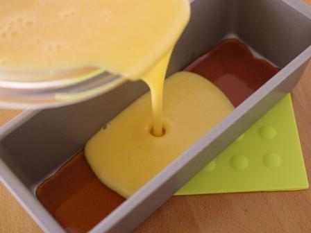 レモングラスとホットケーキミックスで作るカノムモーケン風ココナッツプリンケーキ05