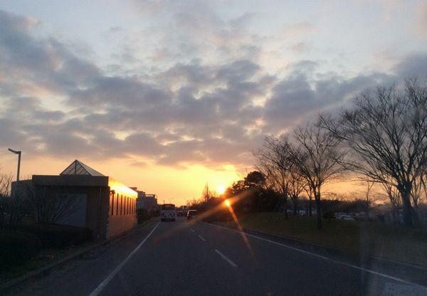 20150308終了後の夕陽