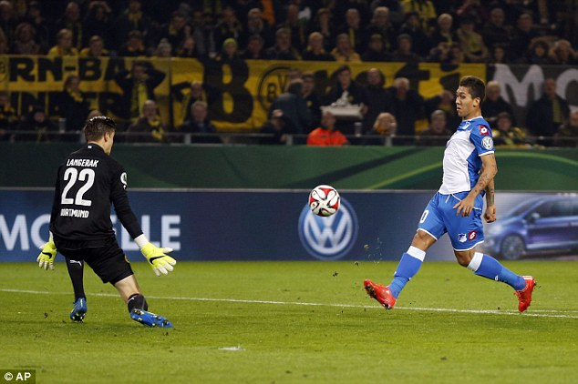 Dortmund_Hoffenheim_3_2_Firmino.jpg
