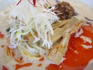 麺や来味弁天橋店 担々麺 具 (2)