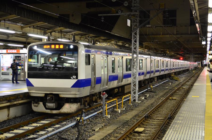 12/26 夜の上野駅にて常磐線・宇都宮線・高崎線