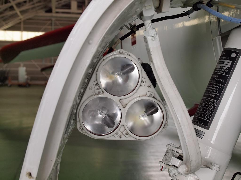 T-4 着陸灯