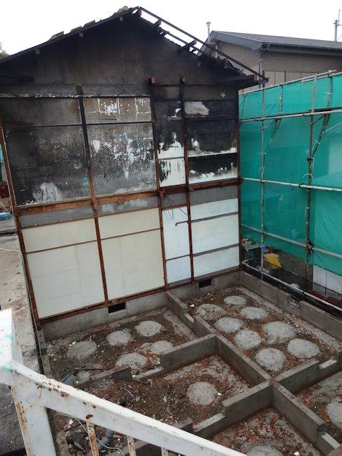 Oアパート改修工事~基礎解体中