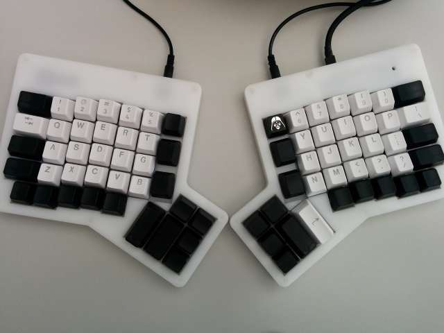 Mechanical_Keyboard47_90.jpg
