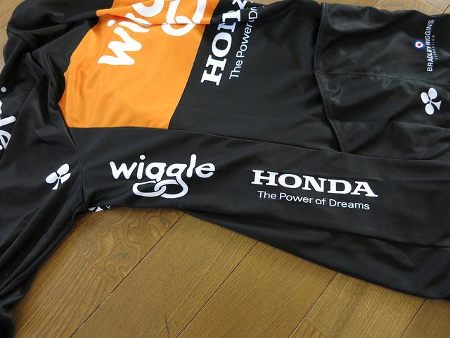 Wiggle_Honda_Long_Sleeve_Jersey_08.jpg