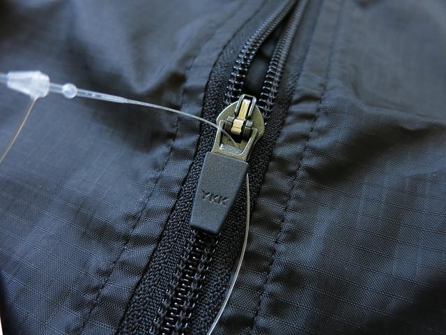 dhb_Active_Waterproof_Cycle_Jacket_08.jpg