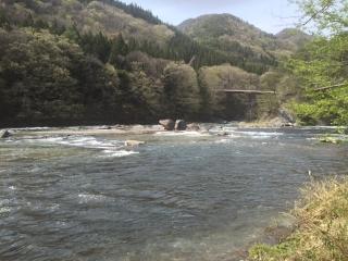 滝_川の流れ